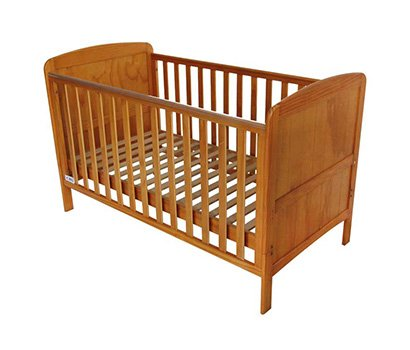 France baby growing cot
